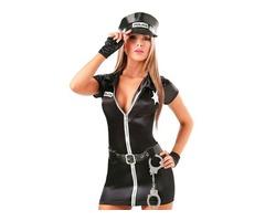 Девушка-полицейская