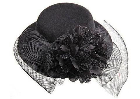 Мини-шляпка черная