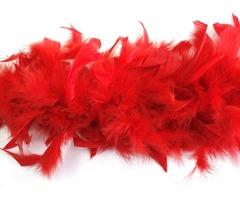 Боа из перьев красное