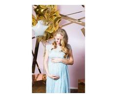 Нежно-голубое платье для беременной