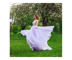 Нежно-фиолетовое платье с шлейфом