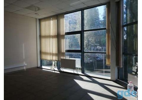 Сдается офисное помещение в ТЦ Нижневартовска