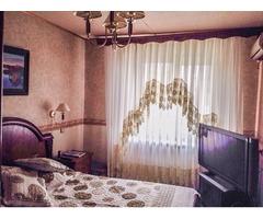 Сдаю 3-х комнатную квартиру с мебелью на длительный срок